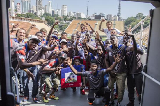 Atletas haitianos vieram ao Brasil para a Copa São Paulo de Futebol Júnior; Foto: Vitor Madeira/Viva Rio